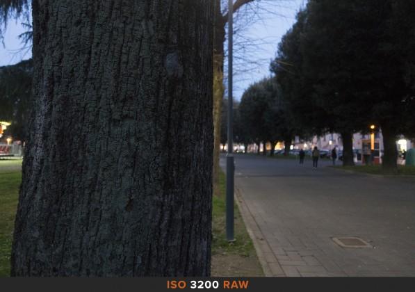 ISO3200 RAW Sony RX100 Mk II