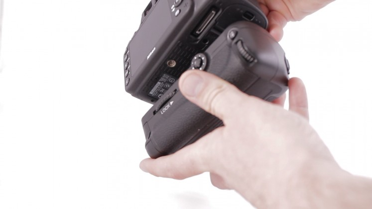 Nikon insert battery grip