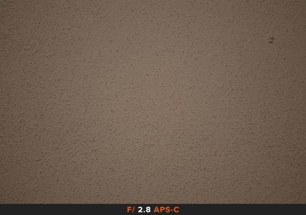 Vignettatura f/2.8 sigma 105mm Full Frame APS-C