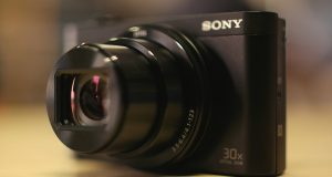 Featured Sony HX90