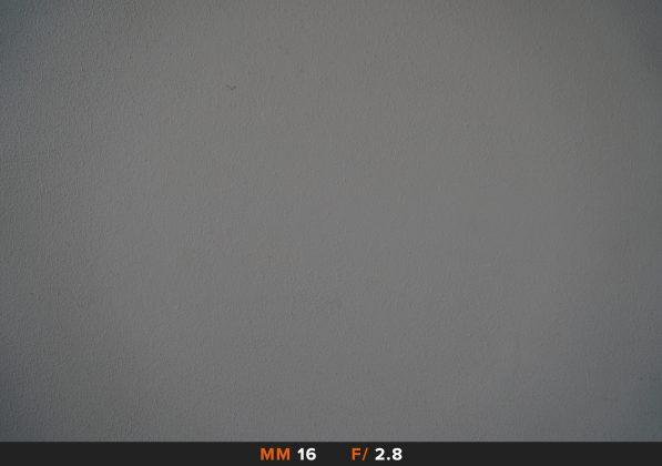 Vignettatura Sony 16-50mm 16mm f/2.8