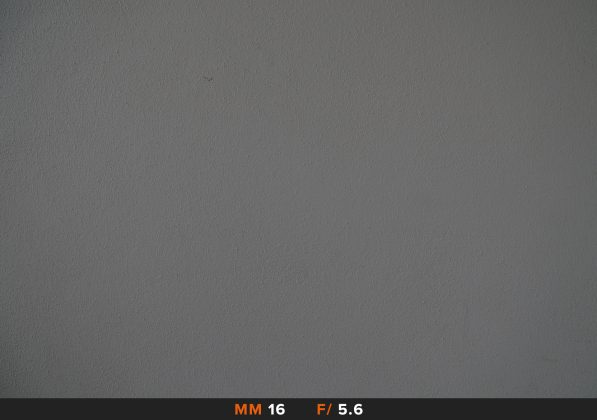 Vignettatura Sony 16-50mm 16mm f/5.6