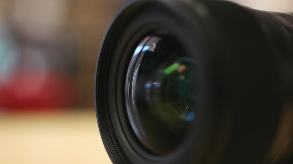 Dettaglio filtro Sigma 18-35mm