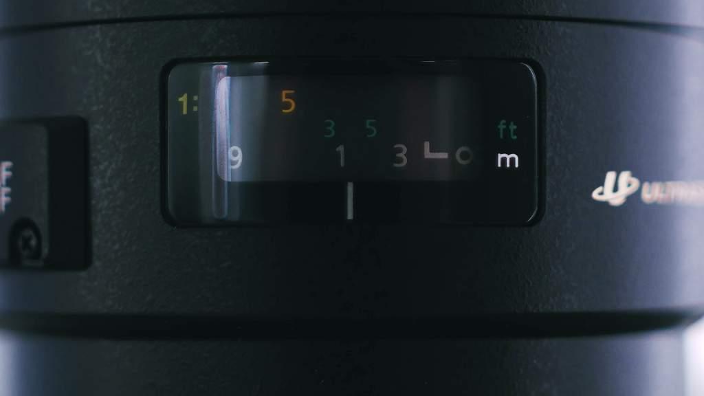 Finestrella Canon 100mm Usm