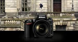 Come negozio ci stiamo impegnando sempre di più per offrire un servizio migliore, specialmente per coloro che vogliono accertarsi della qualità del prodotto prima di acquistarlo. Da questo derivano le varie demo che offriamo per la prova in negozio, potete trovare la Pentax K1, gran parte della gamma FujiFilm, varie mirrorless e bridge Sony e un vastissimo assortimento di ottiche. A tutto questo da oggi si aggiunge la Nikon d750, full frame dalle ottime prestazioni! COSA OFFRE LA NIKON D750 La fotocamera è molto interessante, fonde elementi che solitamente troviamo sulle fotocamere di fascia più bassa con ottime prestazioni, degne del sensore full frame che monta. La reflex infatti offre uno schermo inclinabile e un'antenna Wi-Fi, il tutto in un corpo compatto (atipico per il tipo di fotocamera che rappresenta). Questo rende la D750 una fotocamera tuttofare, adatta a scatti professionali ma divertente da utilizzare; facile la condivisione sui social network. LE CARATTERISTICHE La parte hardware della fotocamera rimane comunque l'aspetto più importante: il sensore ha una risoluzione di 24.3 MP ed offre un intervallo dinamico stupefacente, mentre può raggiunge una sensibilità di 51200 ISO (utilissimi per fotografia notturna); il sistema di autofocus sfrutta il modo Area AF a gruppo che permette di tracciare i soggetti anche in condizioni di scarsa luminosità; siete interessati alla fotografia sportiva? La fotocamera riesce a scattare raffiche di 6,5 fps! Infine l'aspetto video, la possibilità di registrare in FullHD a 60fps, rende la D750