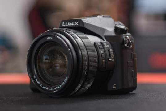 "Panasonic FZ2000: Bridge Dedicata a Filmmaker ""on a Budget"""