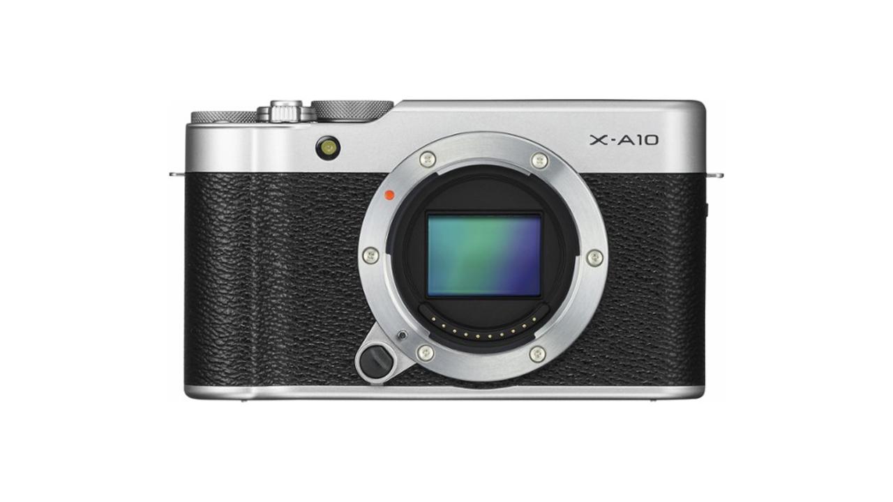Vista frontale FujiFilm X-A10