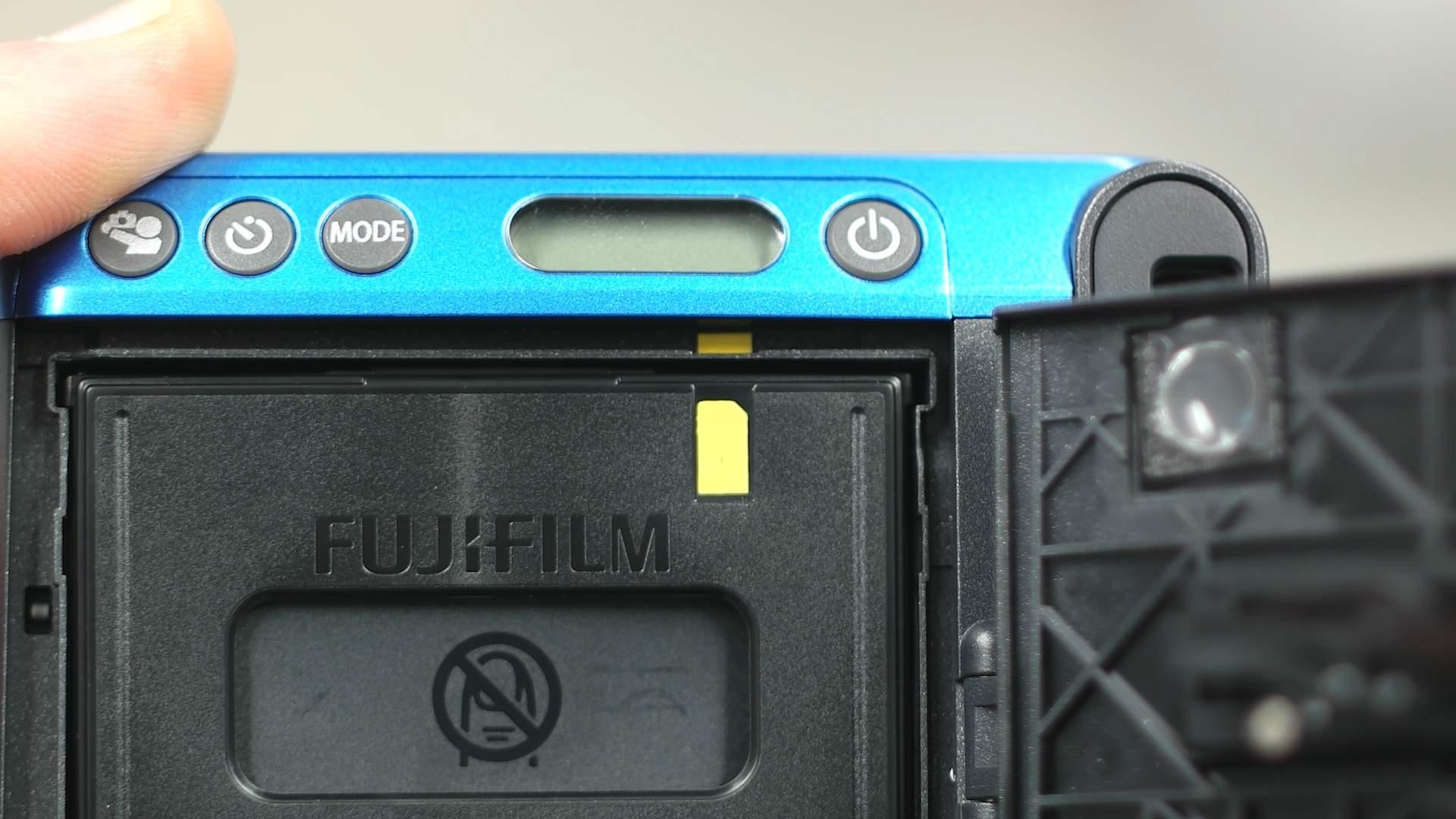 Dettaglio cartuccia FujiFilm Instax Mini 70