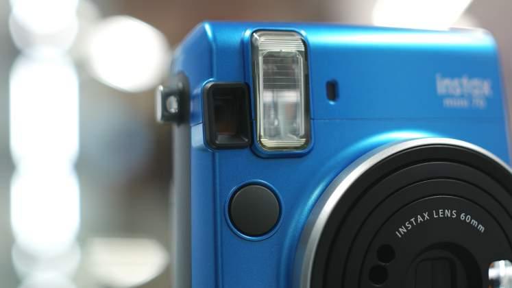 Dettaglio mirino flash FujiFilm Instax Mini 70