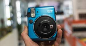 FujiFilm Instax Mini 70 - a chi Serve la Polaroid?