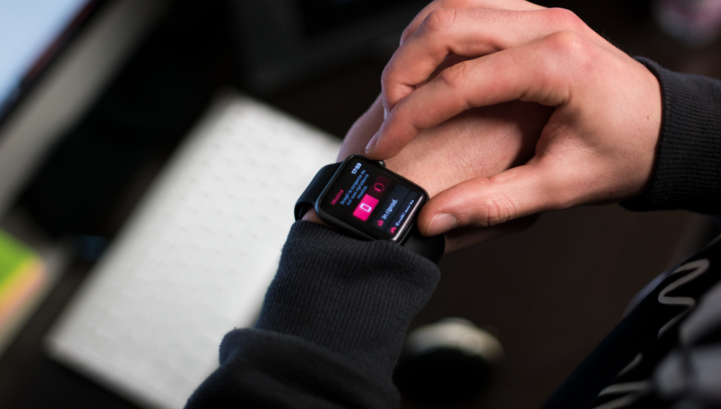 Come ascoltare musica sull'Apple Watch senza iPhone
