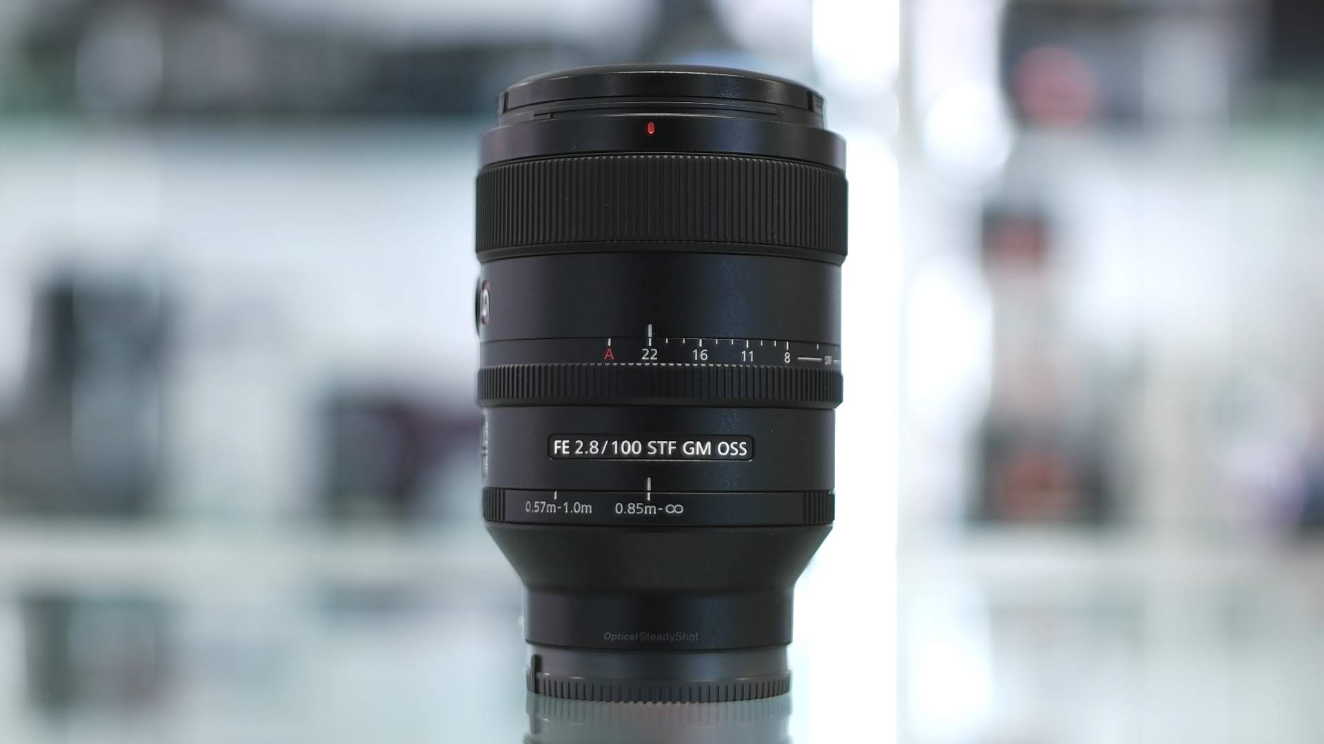 Vista generale Sony 100mm f/2.8 STF G Master