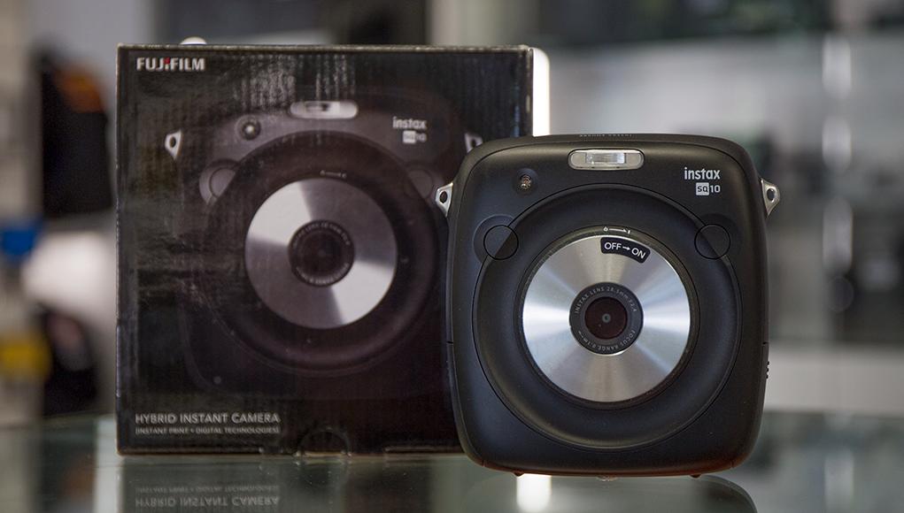 La Nuova FujiFilm Instax Square SQ10 è Disponibile!