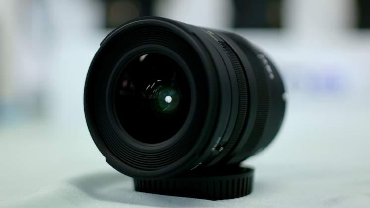 Vista Frontale Tokina Firin 20mm Presentazione Rinowa day