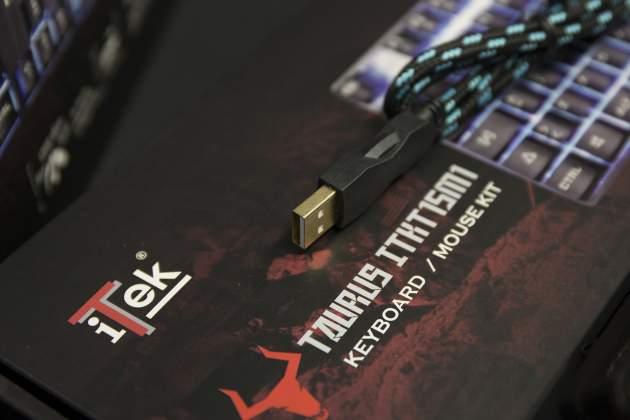Dettaglio cavo USB Taurus T15M1 Combo