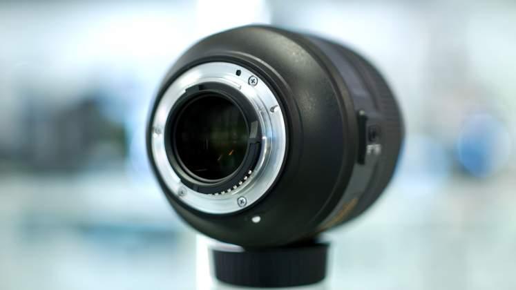 Dettaglio guarnizione baionetta Nikon 105mm f1.4