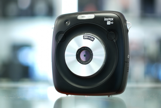 La Nuova FujiFilm Instax SQ10 è l'Istantanea Definitiva