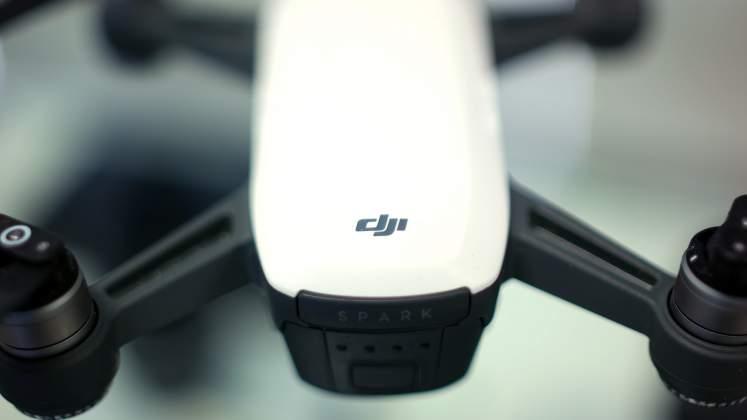 Dettaglio logo Drone DJI Spark