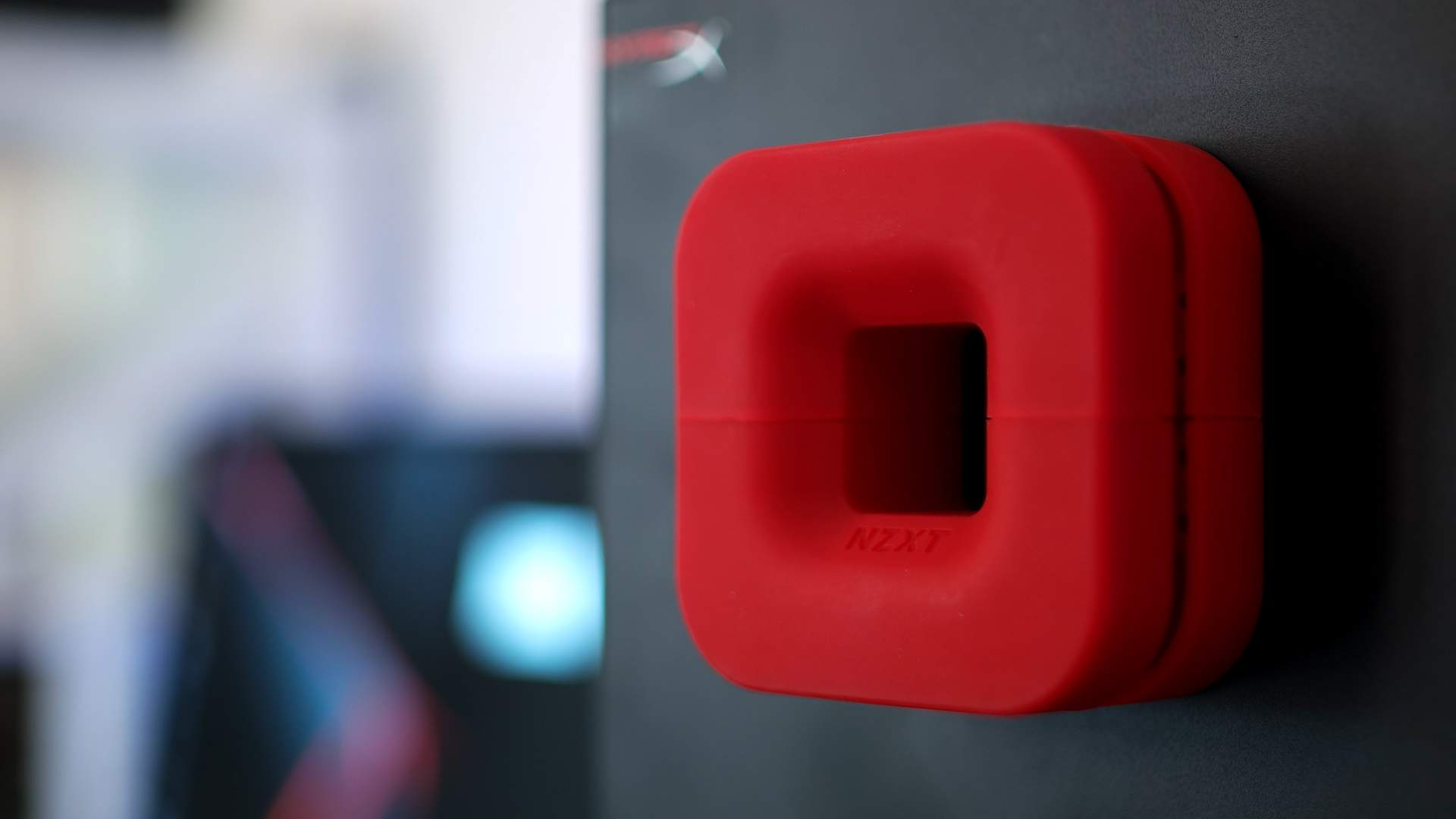 Magnete NZXT Puck recensione