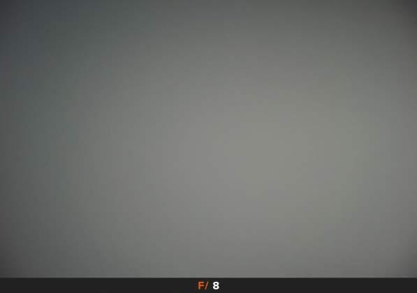 Test Vignettatura f8 Samyang AF 35mm f2.8 FE