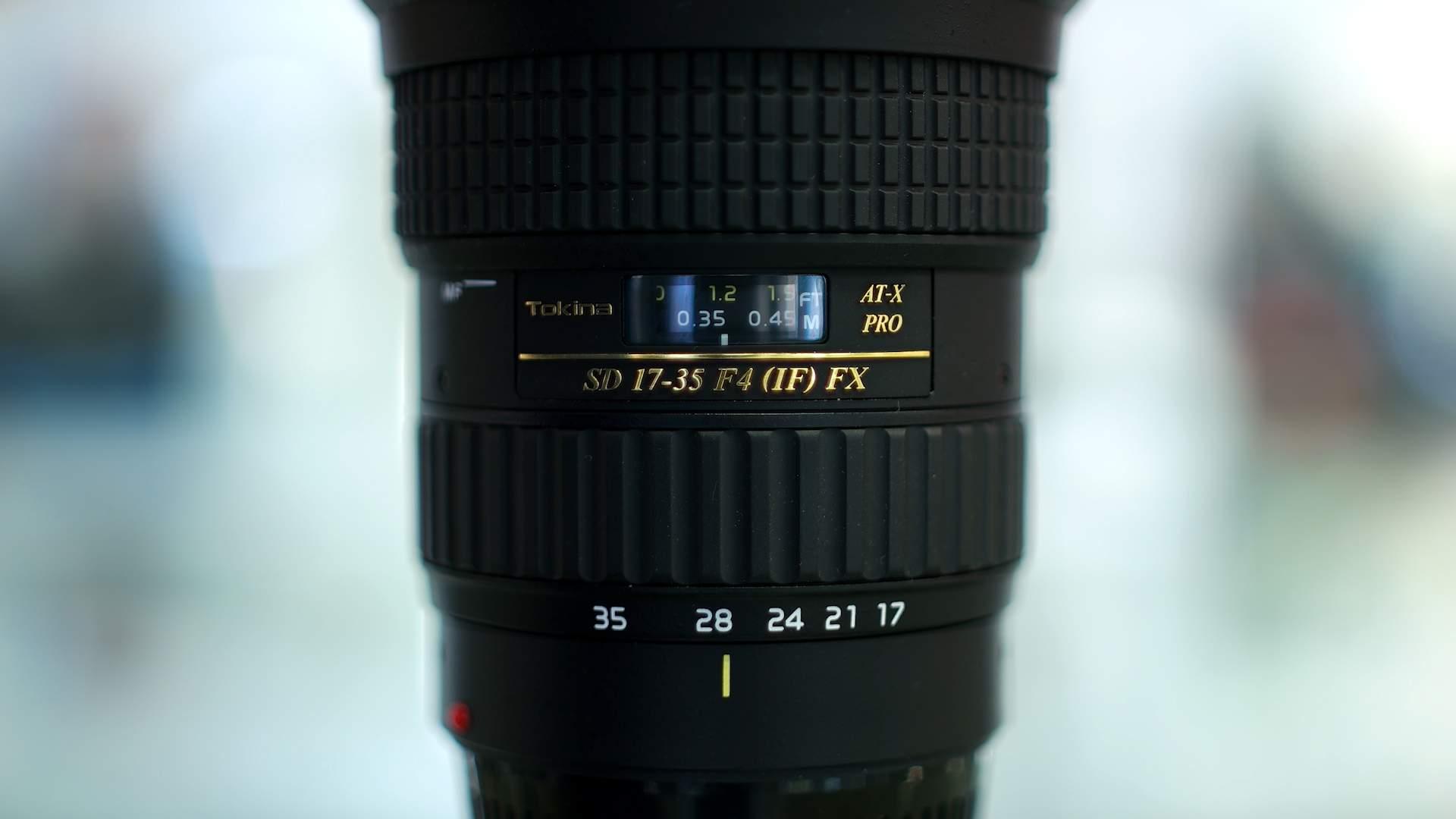Dettaglio ghiere obiettivo Tokina 17-35mm f4 Pro FX