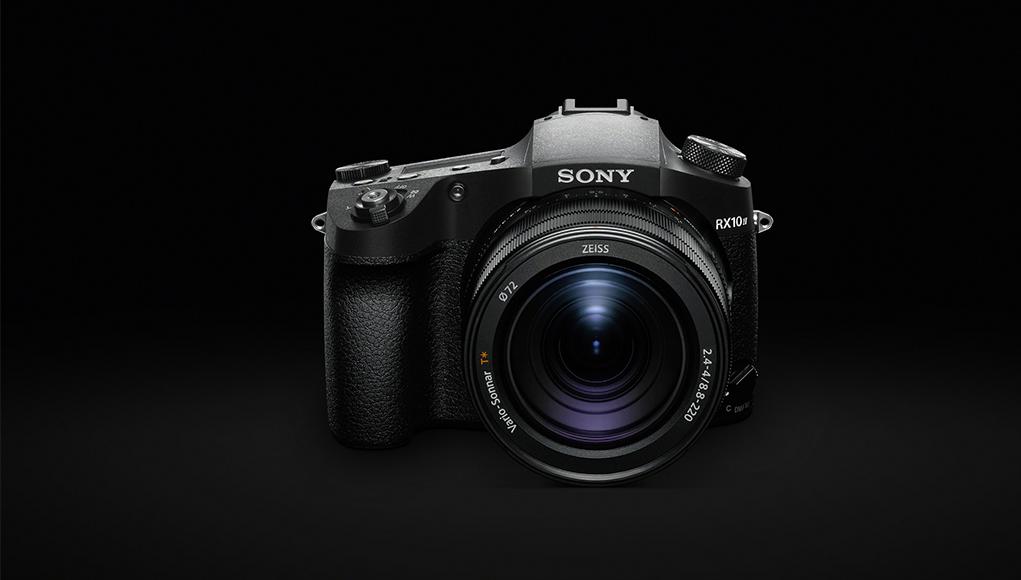 Sony annuncia la nuova RX10 IV e presenta ufficialmente la RX0