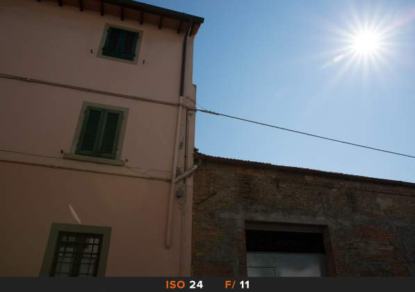 Test Flares 24mm f11 Recensione Tamron 24-70mm f4 Di VC USD G2
