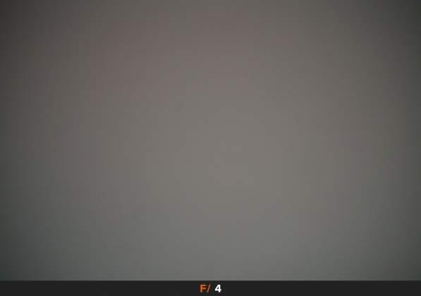 Test Vignettatura f4 Samyang AF 14mm f2.8 EF