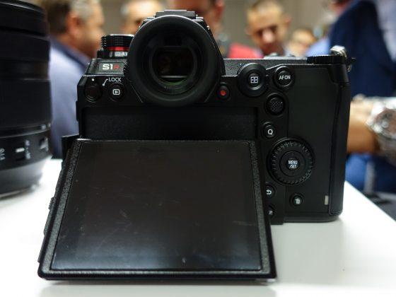 Dettaglio mirrorless full frame Panasonic S1 7