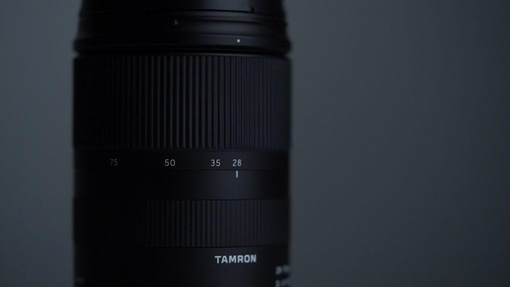 Dettaglio ghiere Tamron 28-75mm f2.8 Sony Recensione
